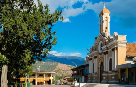 Kirche in Vilcabamba, Ecuador