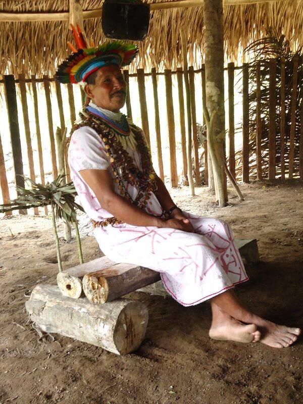 Chamán en Cuyabeno, Ecuador