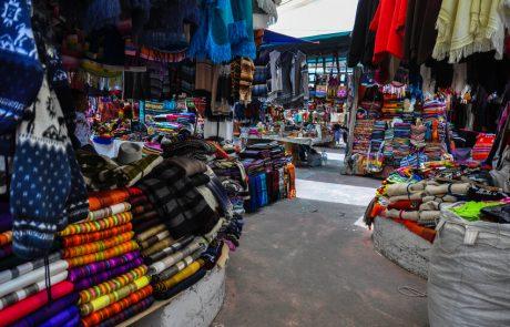 Mercado de los indios a Otavalo, Ecuador
