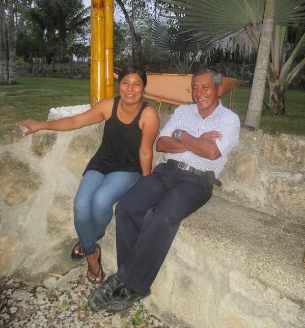 Cruz María y Lucio, Hacienda El Dorado Ecuador