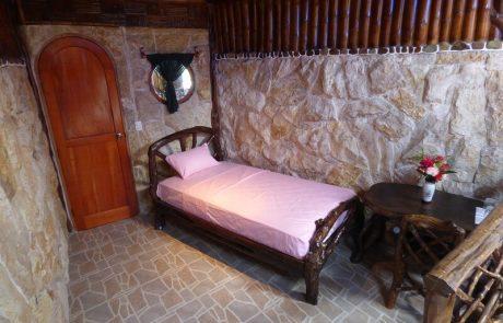 Single bed in the triple room, Hacienda El Dorado Ecuador