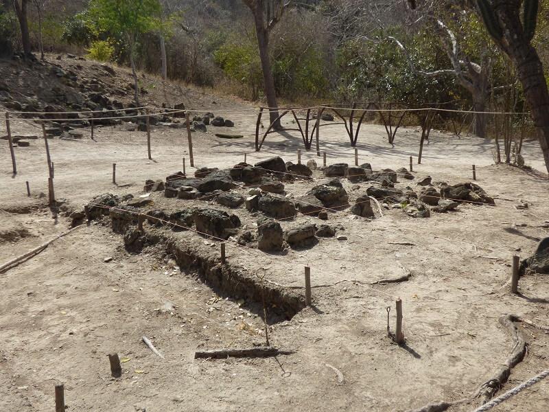 Archeological excavation - Hojas jaboncillo, Ecuador