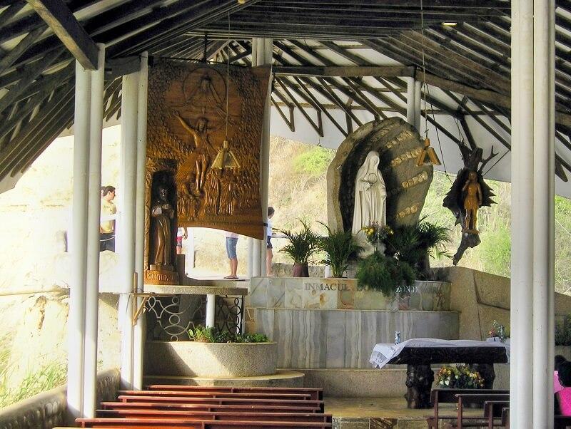 Santuario in Olón, Ecuador