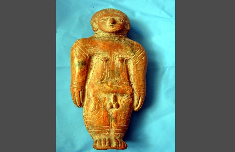 Figure of the Valdivia civilization, Ecuador